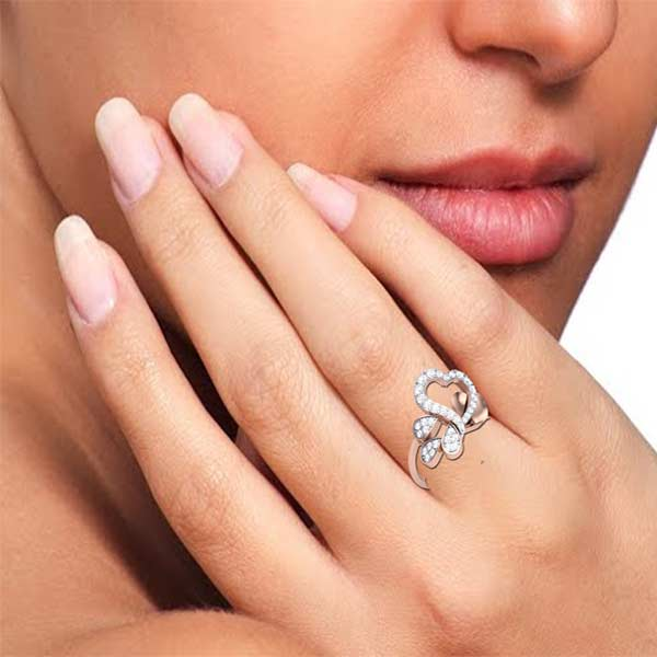 3Leafs with Love Diamond Ring