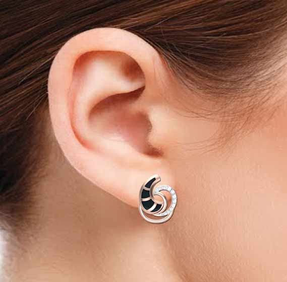 Trendy Curves Diamond Earring