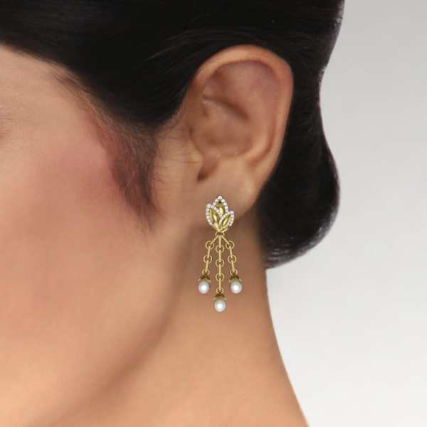 Pearls N Swirls Earring