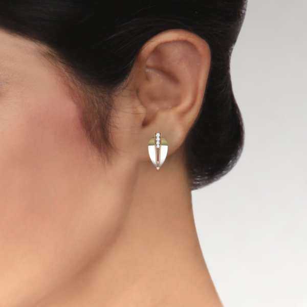 Delight J With Oval Earring
