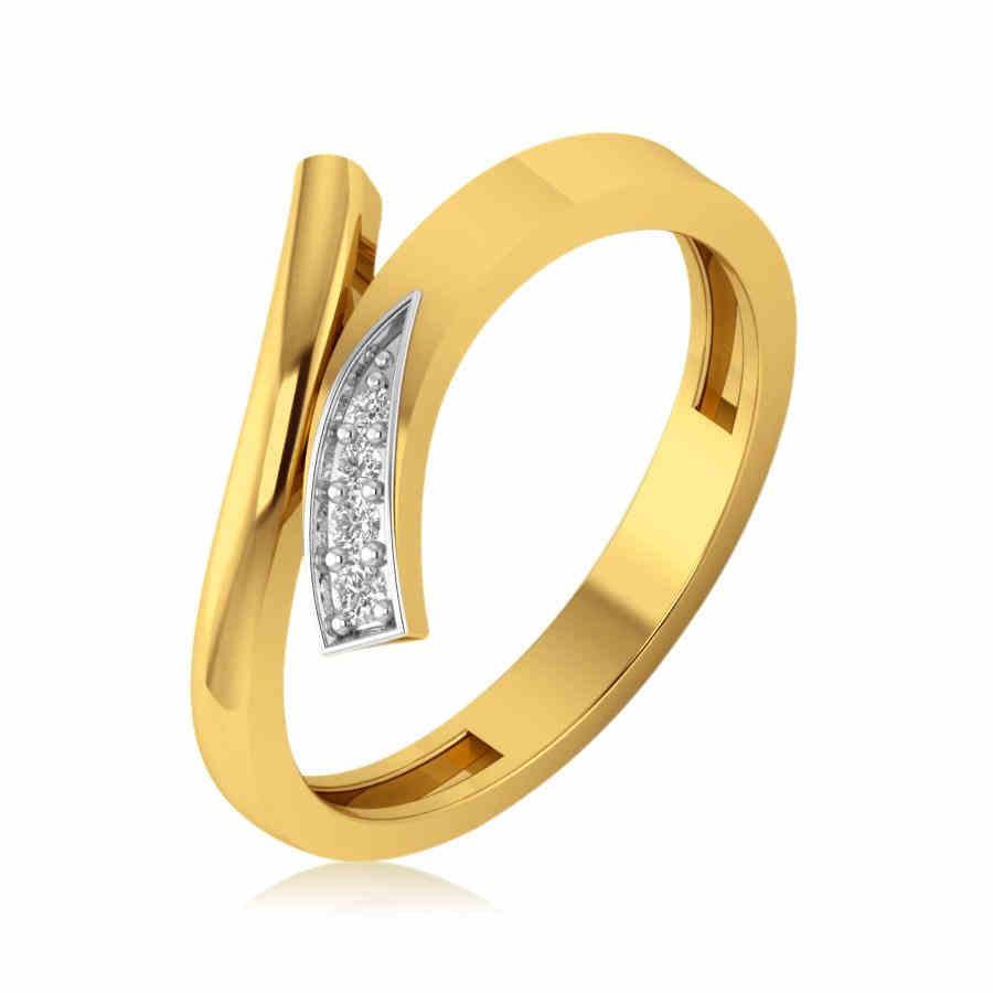 Fashionable Diamond Ring