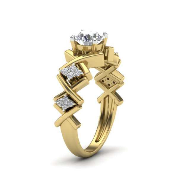 Crown Shaped Diamond Ring
