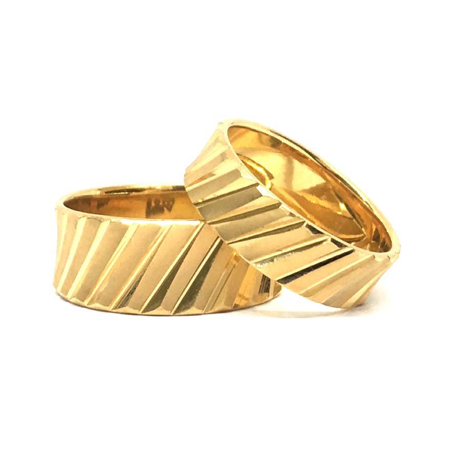 Stylish Gold Couple Band