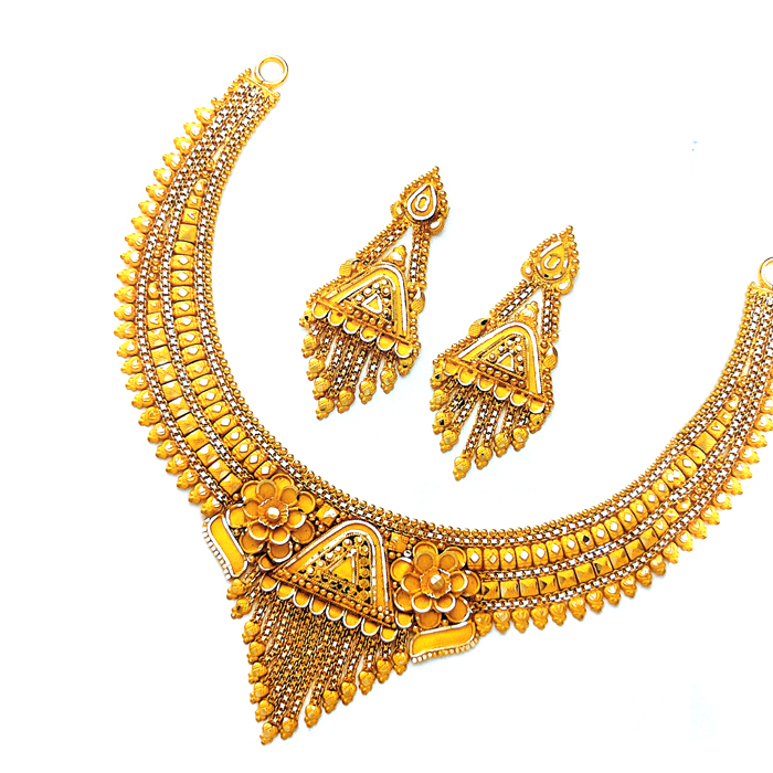 Mahi Gold Necklace Set