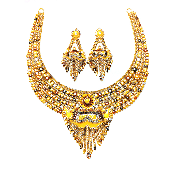 Precious Gold Necklace Set
