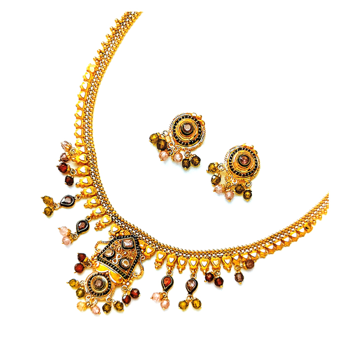 Glod With Kundan Necklace