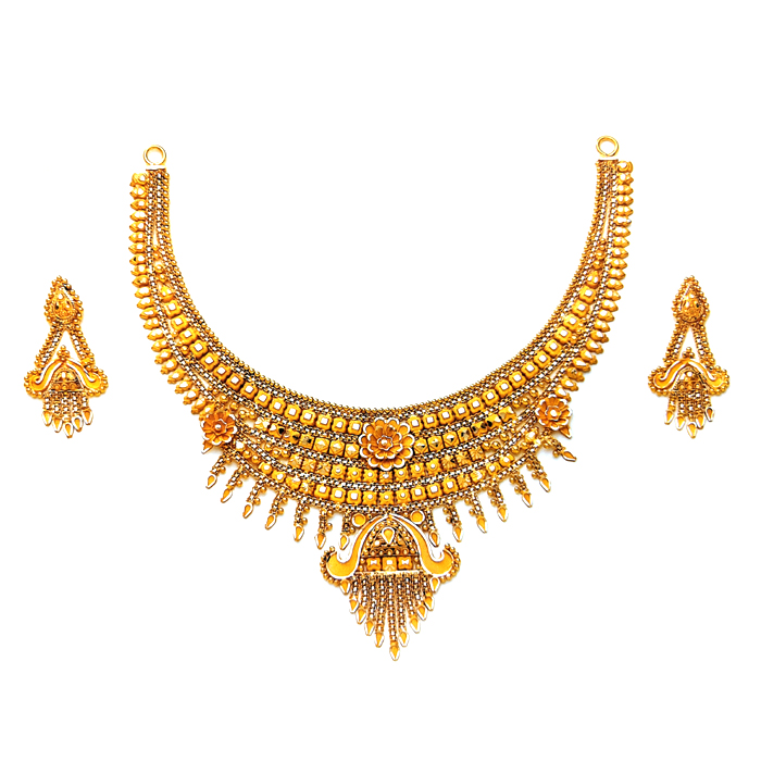 Vina Gold Necklace