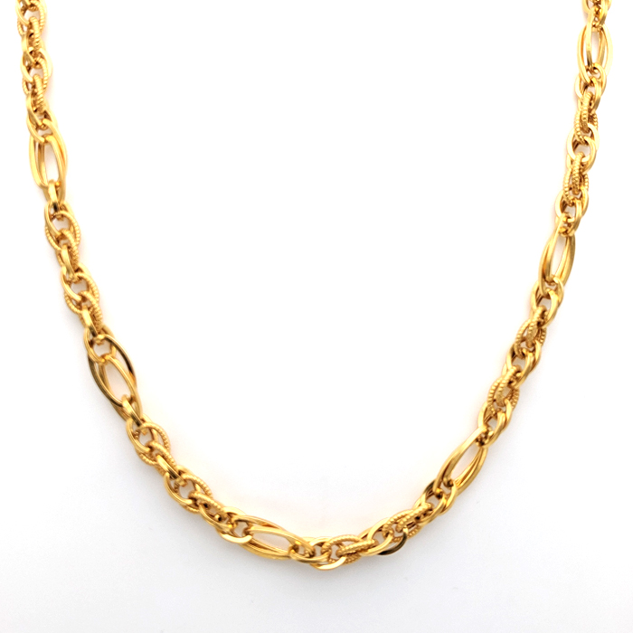 Striking Gold Chain